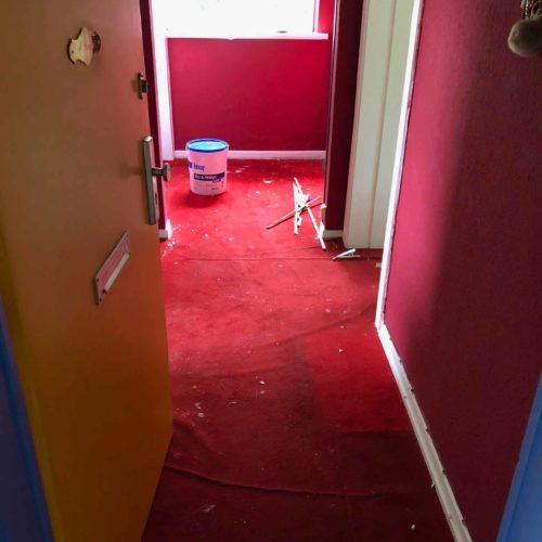 Roter Teppich vor Renovierung